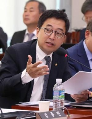 '현역의원 공포의 토요일' …금태섭 지역구 추가 공모·신창현 공천 탈락