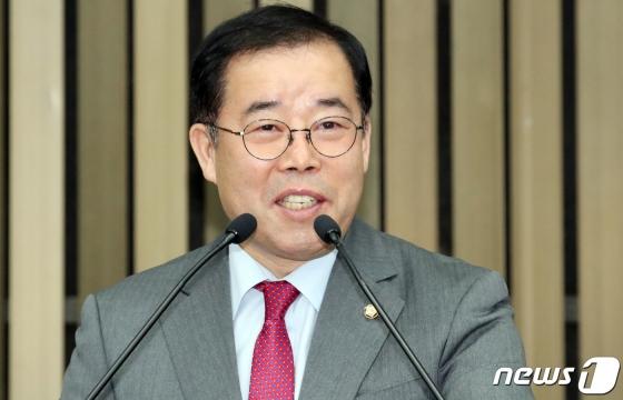 """통합당, 신천지 이만희 고소…""""반사회적 집단 교주가 당명 지어줬다 거짓말"""""""